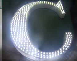 chữ nổi mica gắn LED siêu sáng ở Tân Phú